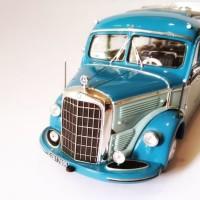 Mercedes Benz O 3500 Classic 1 50 Dealer Box Diecast Bus Mercy