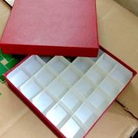 Kotak sekat 25 / Kotak cokelat 25 sekat