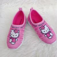 sepatu anak perempuan slip-on hello Kitty termurah