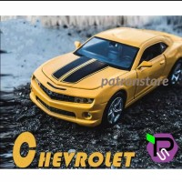 Diecast mobil Chevrolet Camaro - metal light sound scale 1:32
