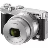 Harga nikon 1 j5 mirrorless digital camera w 10 30mm pd zoom lens   Pembandingharga.com