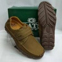 Sepatu casual pria Gats TO2202 camel original