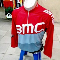 Kaos bersepeda dengan bahan yang adem dan bagus