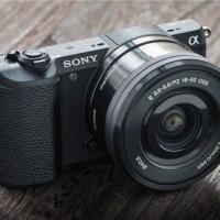 Harga sony alpha a5100 mirrorless digital camera with 16 50mm lens black | Pembandingharga.com