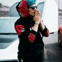 Jaket AHHA Rose Hitam - Sweater AHHA Rose Hitam