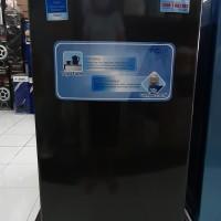freezer es batu 4rak aqua japan aqsf4 khusus banjarnegara