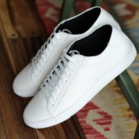 PHOENIX WHITE OXWALKER Sepatu Putih Casual Sneakers TD-93863-GB