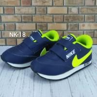 HOT SALE Sepatu Nike Anak Navy Ijo Stabilo NK-18 - 24 Terjamin