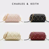 Harga tas charles and keith stud detail quilted sling bag tas | antitipu.com