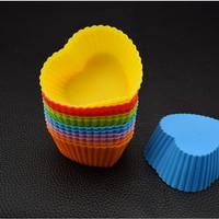 Alat Tempat Cetakan Kue Puding cupcake Silicone Bentuk Love 12pcs