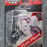 Only 75 USD GrayPink Finger Bmx toys bike with Diecast Nickel