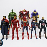 Action Figure Captain Marvel Avengers End Game Set isi 8