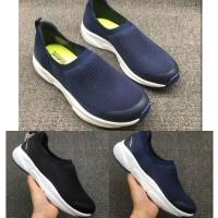 Sepatu Wanita Skechers Meridian Slip On / Sepatu Casual Cewek