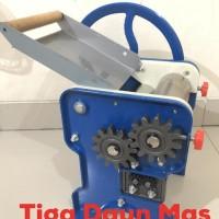 HOT SALE Gilingan Mie Manual / Mesin Cetak Mie / Noodle Maker