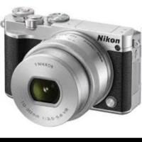 Harga nikon 1 j5 mirrorless digital camera w 10   Pembandingharga.com
