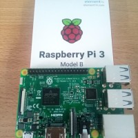 Promo Murah Paket Hemat Raspberry Pi 3 Model B + Official Case Merah