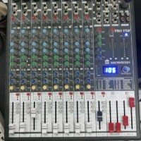 mixer soundqueen Pro fx 8 profx8+