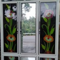 Harga lemari kaca pintu 3 best seller | Pembandingharga.com