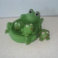 Kiddie Baby Bath Toy Frog mainan kodok karet teman mandi (1set isi 4)