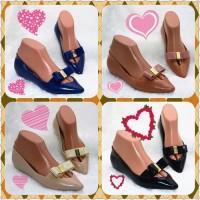 Sepatu Wanita Flat P12 - Hitam, 36