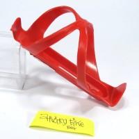 Bottle Cage Plastik Tempat Rak Botol Minum Sepeda Merah