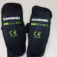 Pelindung lutut Kawasakin RS TAICHI / KNEE PROTECTOR KAWASAKI