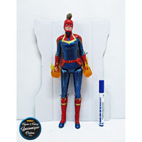 Action Figure Captain Marvel (Power Up) Avengers End Game