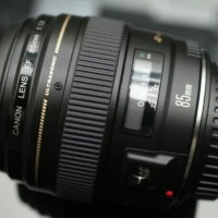 CANON EF 85 F1.8 USM MULUS GOOD CONDITION FULLSET BOX EX DS FREE UV -