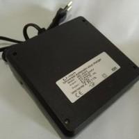 Charger 4 slot batere 18650 Senter Police swat baterai ultrafire vap