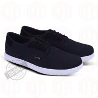 Sepatu Casual Pria Sneakers Original Varka 056