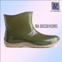 New Sepatu Boot AP Pendek 2005 baik untuk wanita boots anti air