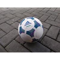 Bola futsal Adidas Street Skill BIG Sale