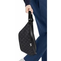 Tas LV Louis Vuitton Discovery Monogram Eclipse Bumbag / Waist Bag