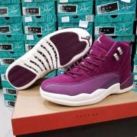 sepatu basket air Jordan 12 bordeaux