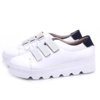 Sepatu Sneakers Casual Wanita Modern Syntetic Putih Gareu And CO