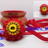 Bola Kain Merah Kode 06