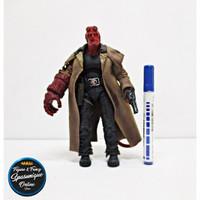 Action Figure Hellboy Rokok Loose