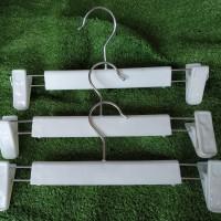 Hanger Butik/Hanger Jepit