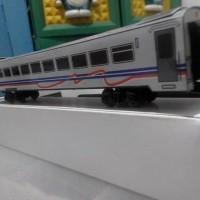 Grosir Miniatur Kereta Api - Gerbong KAI Bisnis