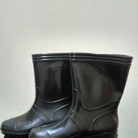 Sepatu Boots Karet JEEP