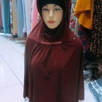 Jilbab instan warna merah maroon termurah