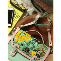 SLINGBAG : KINAR LEATHER CARVING AND PAINTING (PREORDER)