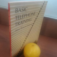 Basic telephone training buku