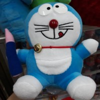 Boneka Doraemon Pensil (S)