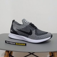 Sepatu Running Nike Air Zoom Mariah Flyknit Racer Dark Grey Oreo Abu