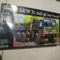 revell LKW 7t mil gl 6x6 truck modelkit