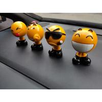 3D Emoticon Figure Kepala Goyang Dashboard Pajangan Hiasan Mobil