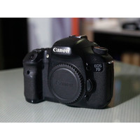 Canon EOS 7D Body DSLR Camera