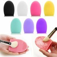 Terlaris New York Makeup Brush Brush Egg Pad / Pembersih Kuas Makeup