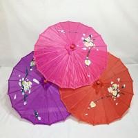 Payung tari besar
